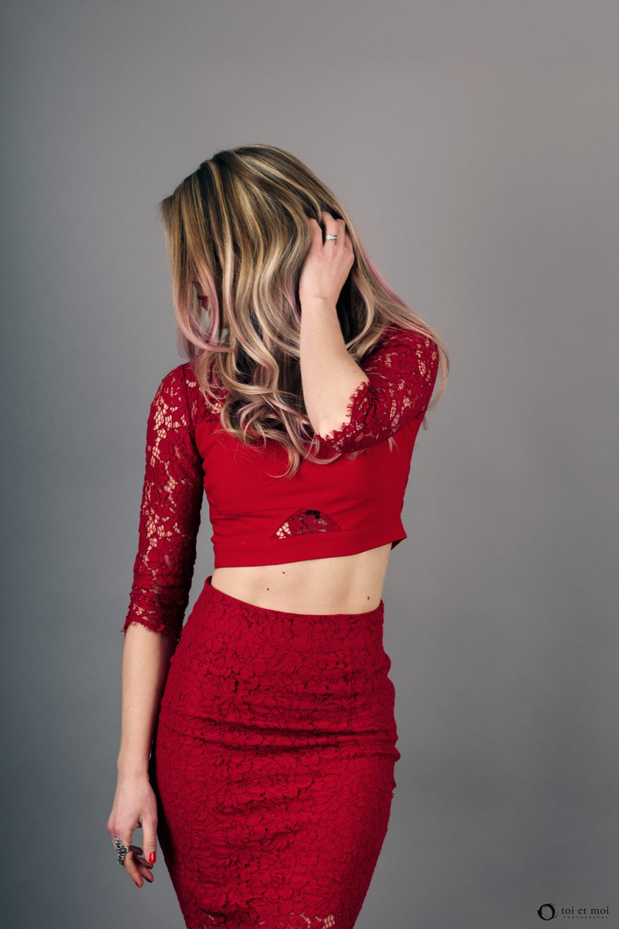 Faceless portrait. Red lace outfit from Guess.   Calgary Portrait Photographer