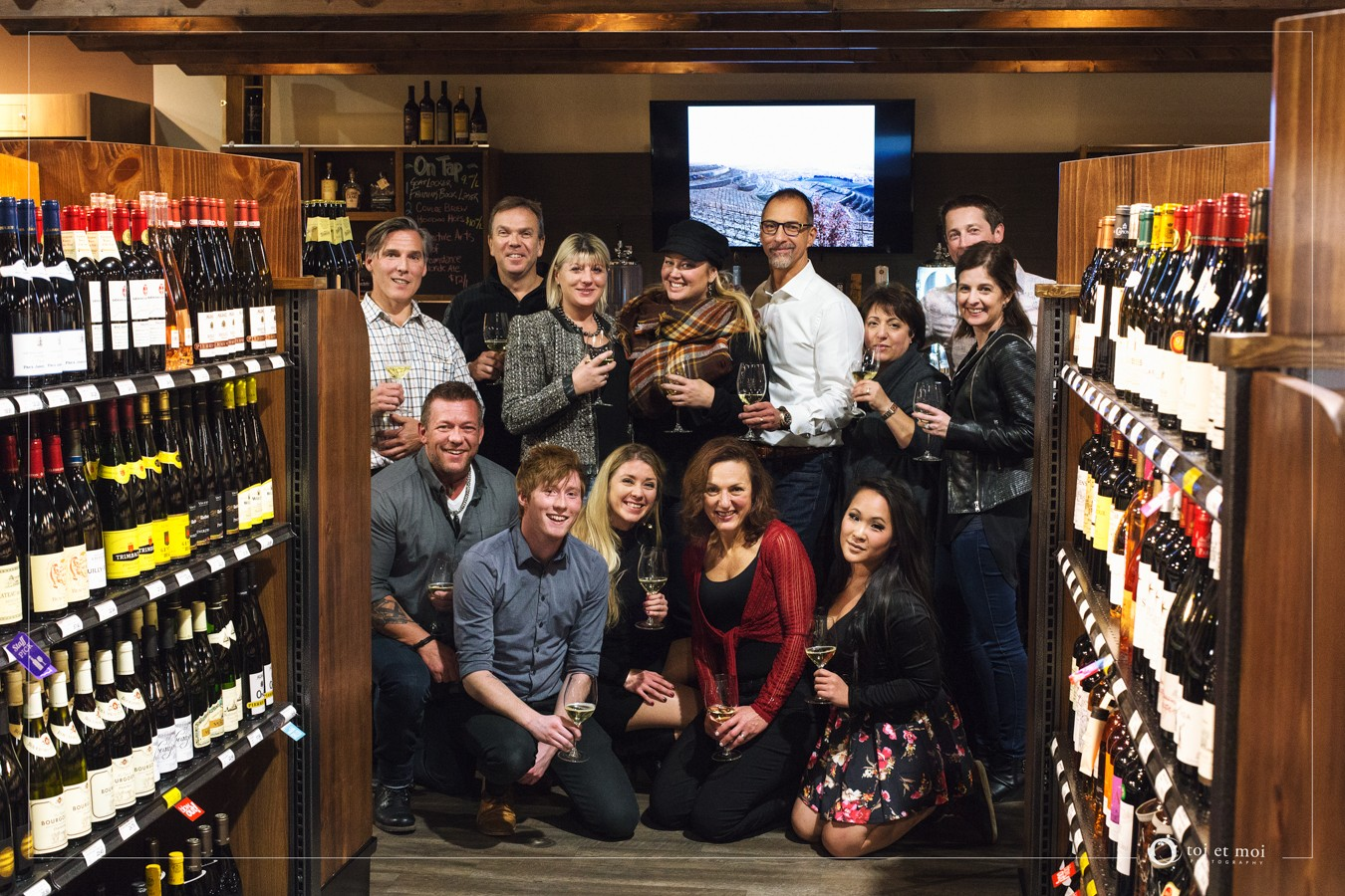 BNI Synergy at wine tasting | Calgary Photographer