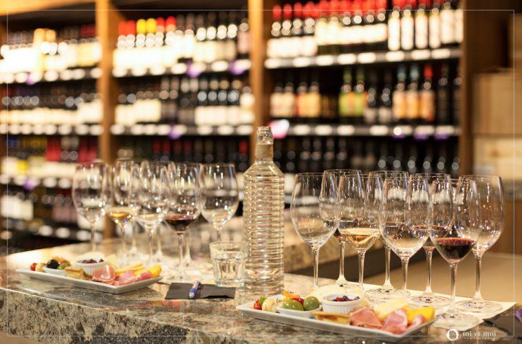 Wine Tasting | Calgary Lifestyle Photography